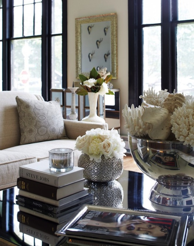 Elegant Accent Pieces Coffee Table Decor